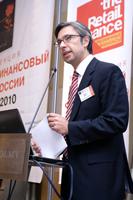 Майкл Кнолл, PricewaterhouseCoopers